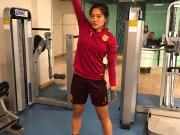 健身房内练体能,女足姑娘紧张备战阿尔加夫邀请赛