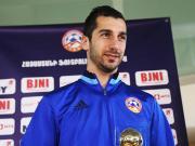 亚美尼亚足球先生:姆希塔良