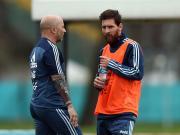 克雷斯波:足球需要梅西拿世界杯,阿根廷的考验从淘汰赛开始