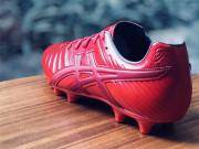 原创摄影:看着就舒服的足球鞋
