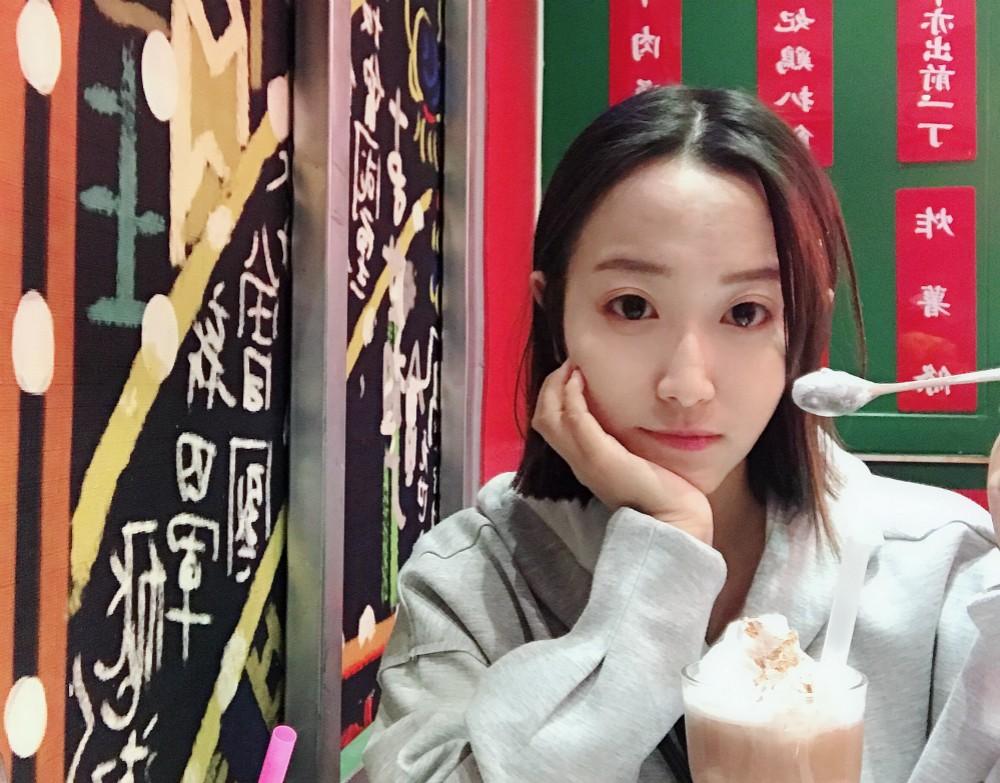 女球迷采访:喜欢华夏幸福的河北女孩延雨晴