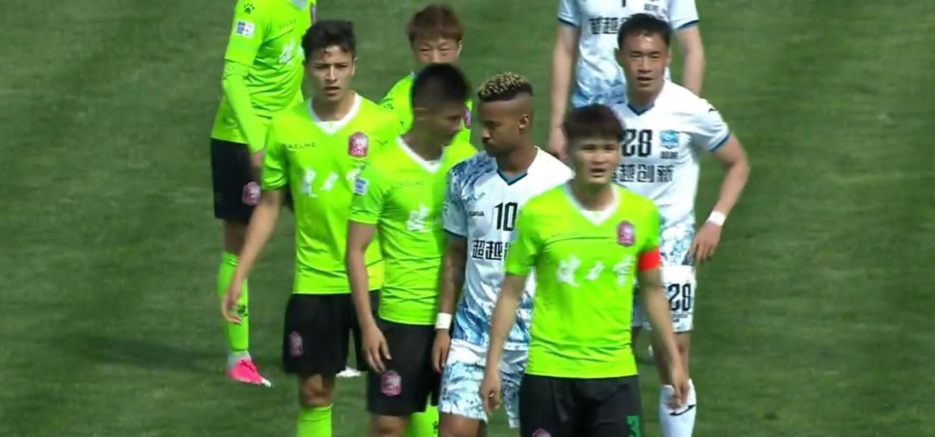 李铮:新疆2-2超越开局8轮不胜徐擎、萨比提破门汉