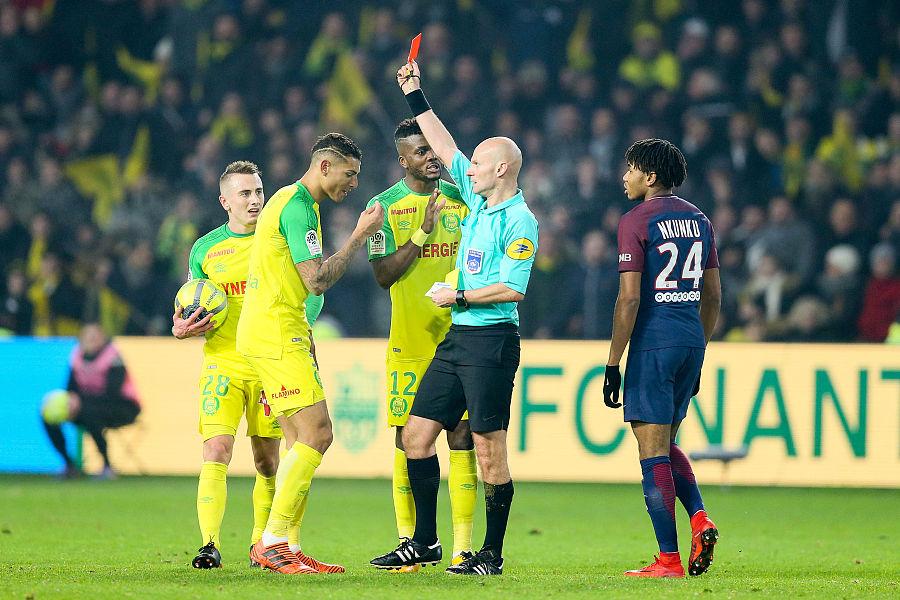 法媒:踢人裁判不会拿赛季最佳