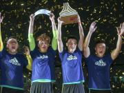进攻赢得球迷,防守赢得胜利!实年加冕TANGO联赛北京总冠军
