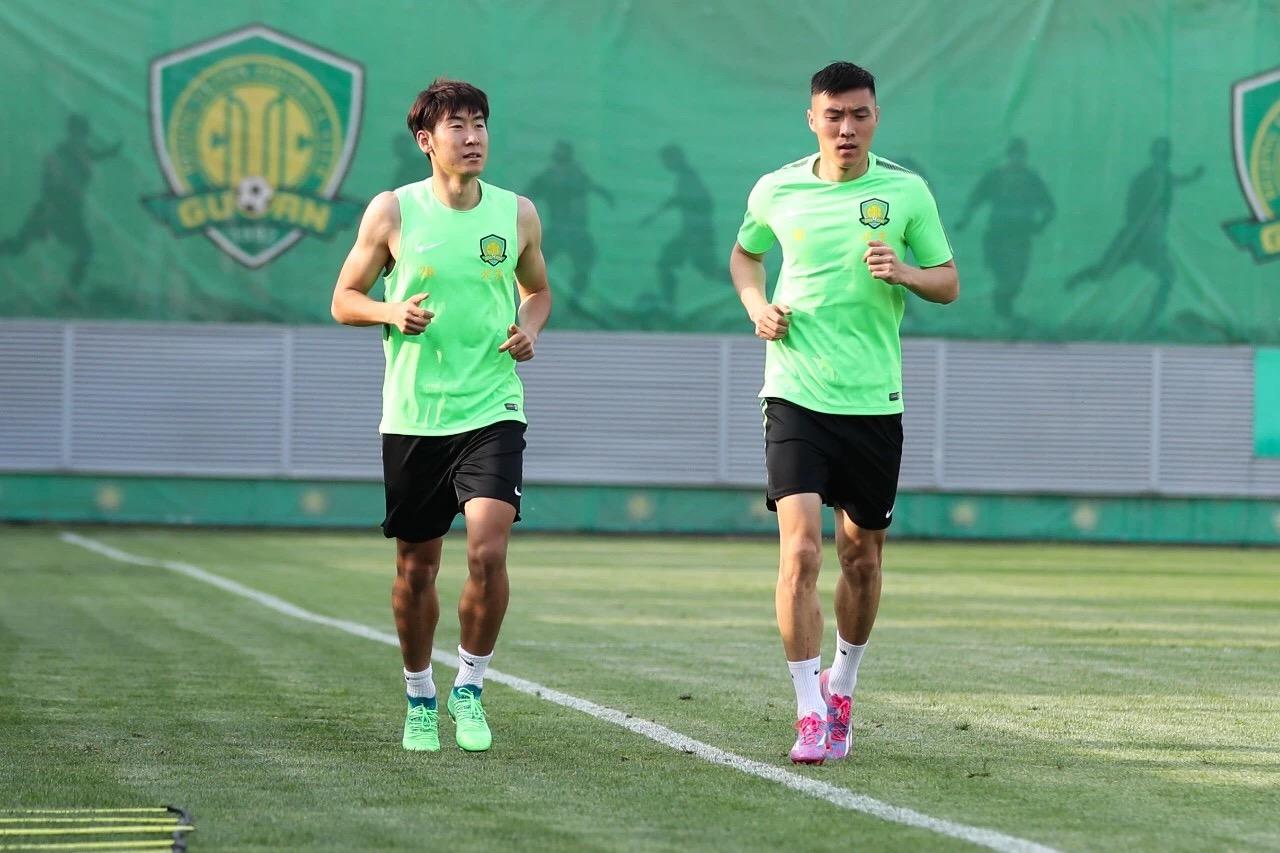 周日从上海回到北京,北京中赫国安当天下午即进行了恢复训
