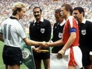 82年西德与奥地利的默契球,其实是规则漏洞下滋生的丑闻