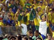 第一次参加世界杯就拿冠军,是怎样一种体验?