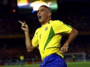 世界杯故事:涅槃重生的罗纳尔多,足球王国的五星传奇