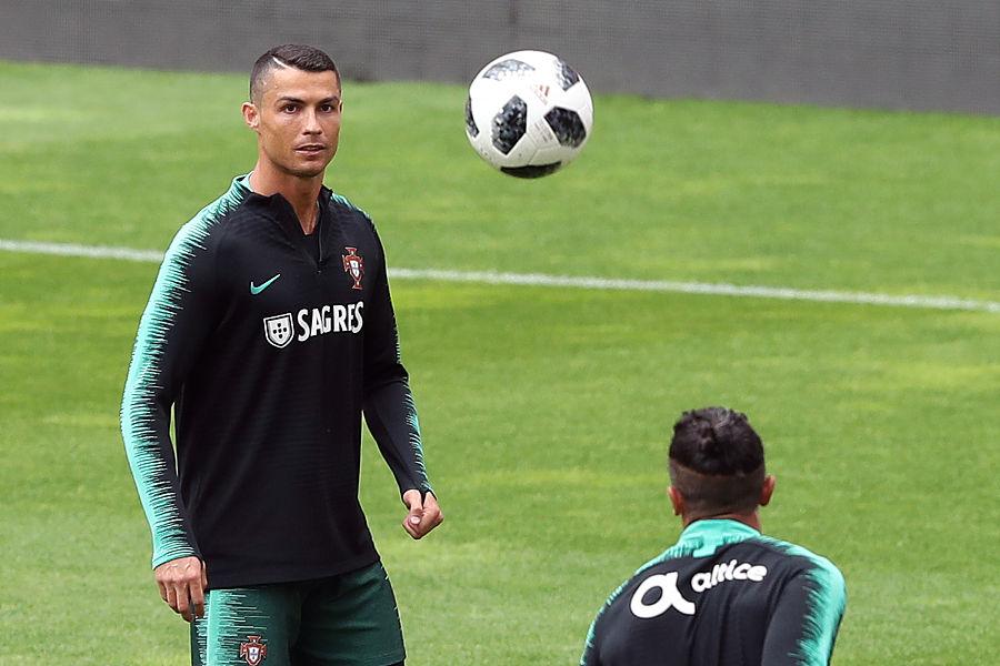 C罗:葡萄牙不是夺冠热门