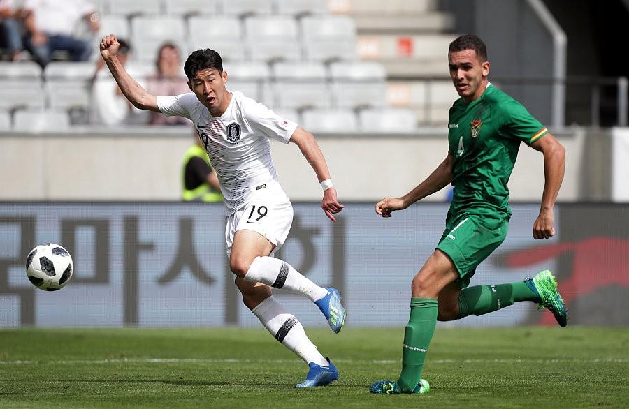 韩国热身0-0玻利维亚,金英权继续首发,孙兴慜