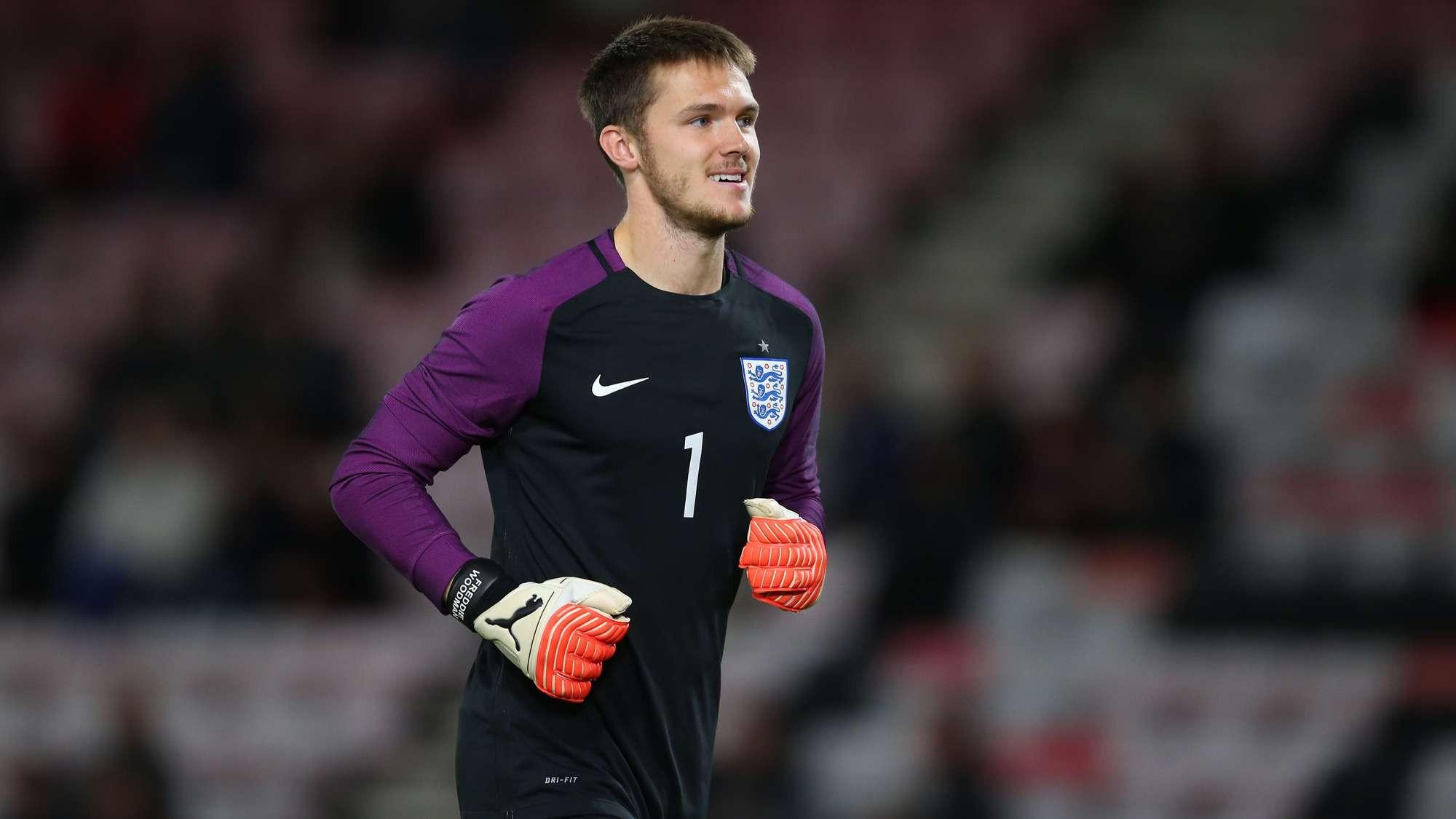 凌晨结束的土伦杯决赛中,英格兰U21以2-1的比分