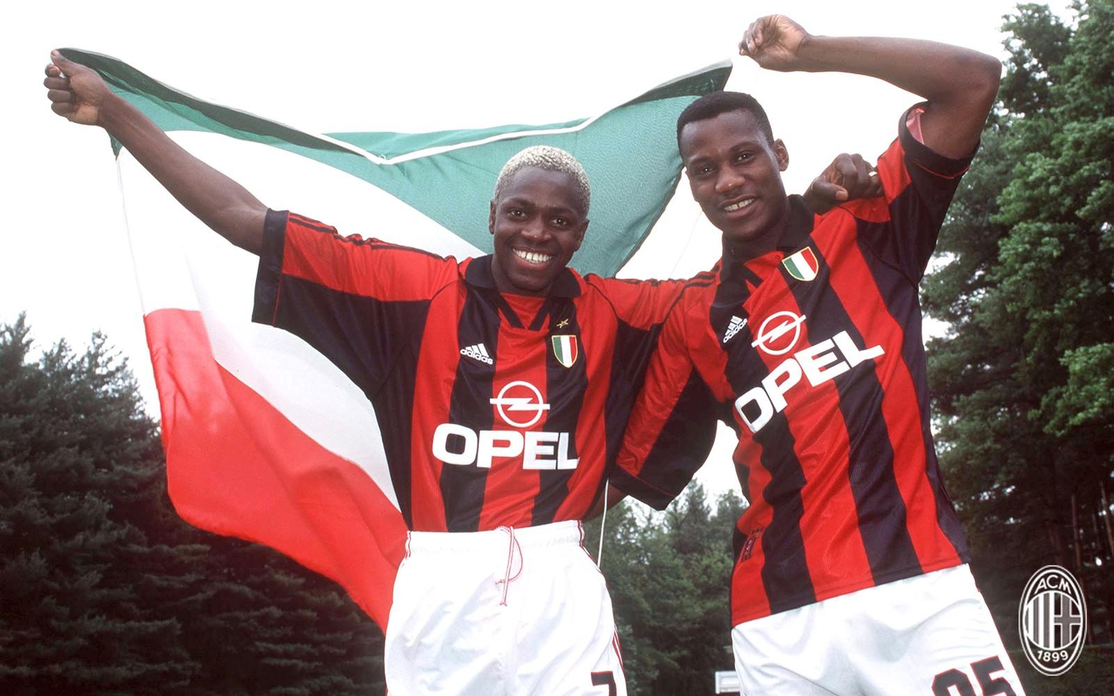 今天是与我们一同夺得1999年意甲冠军的法国后卫