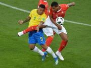 21岁75天,热苏斯成为巴西16年来世界杯最年轻出场球员