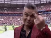 开幕式演唱嘉宾:竖中指是想倒计时世界杯还有1分钟就开始