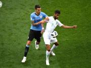 1-0小胜沙特阿拉伯之后,贝西诺所在的乌拉圭已经顺利占...