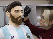 图集:梅西即将在俄罗斯迎来31岁生日,俄餐厅做1:1人形蛋糕