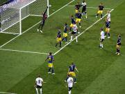 GIF:克罗斯读秒任意球绝杀,德国2-1逆转瑞典
