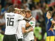 巧了,德国上次世界杯半场落后逆转的也是瑞典