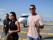 尤文官方:C罗抵达都灵机场