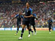 一个赛季同时拿到欧冠和世界杯,瓦拉内是历史第4人