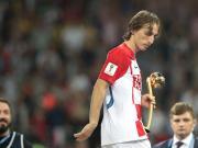 世界杯前线随笔15:全世界的记者,都自发为这个人鼓起了掌