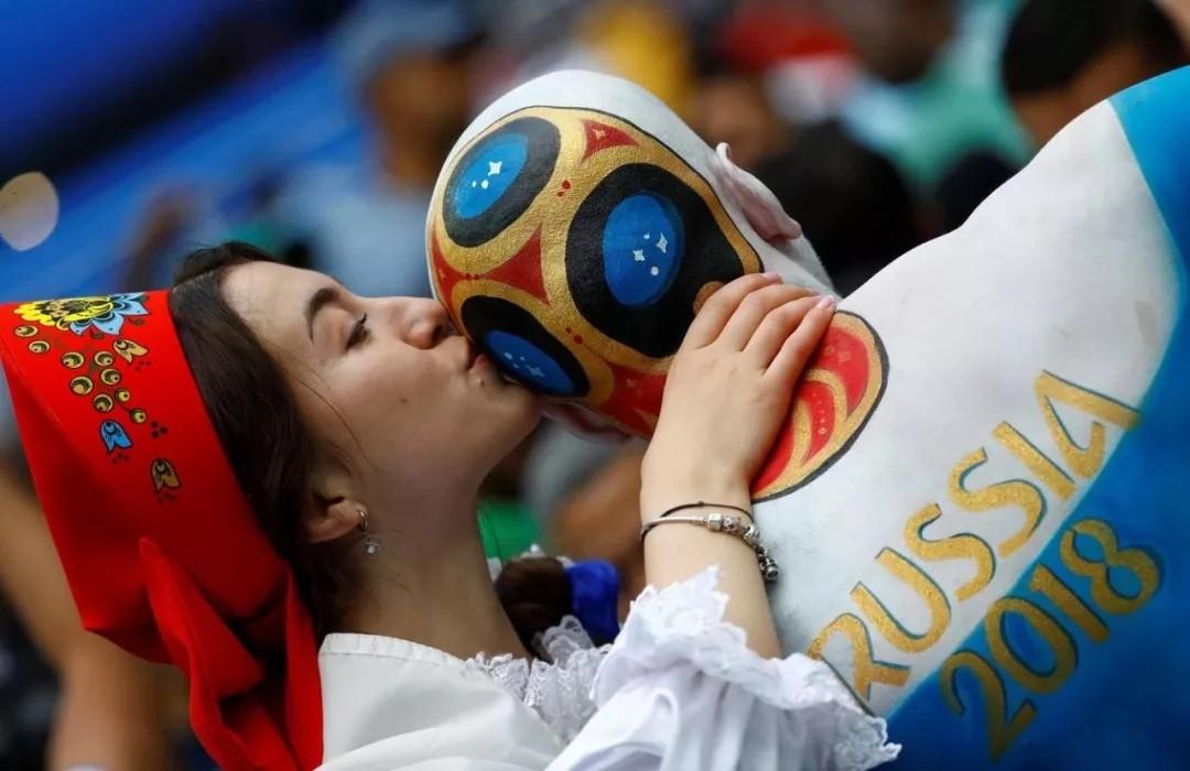 聚焦看点:2018世界杯经典瞬间回顾 法国队...