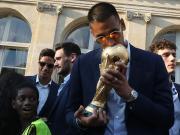 未代表成年国家队出场却赢得世界杯,阿雷奥拉是36年来第一人