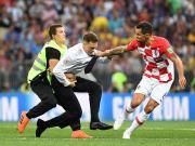 未能阻止世界杯决赛闯入者,相关管理人员将受到处分