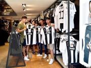 拜仁高层质疑C罗球衣卖了52万件,这件事到底谁的话靠谱?