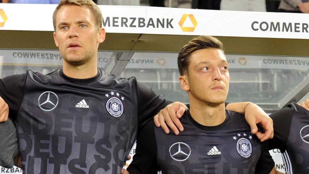 诺伊尔:厄齐尔绝对没在德国队遭