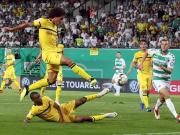 维特塞尔首秀救主,多特2-1加时逆转菲尔特险胜,罗伊斯绝杀