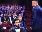 故意安排的吗?欧足联颁奖礼上,萨拉赫拉莫斯成了前后座