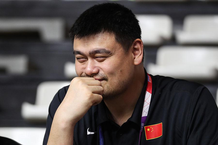 姚明:中国篮球、足球可供挑选的