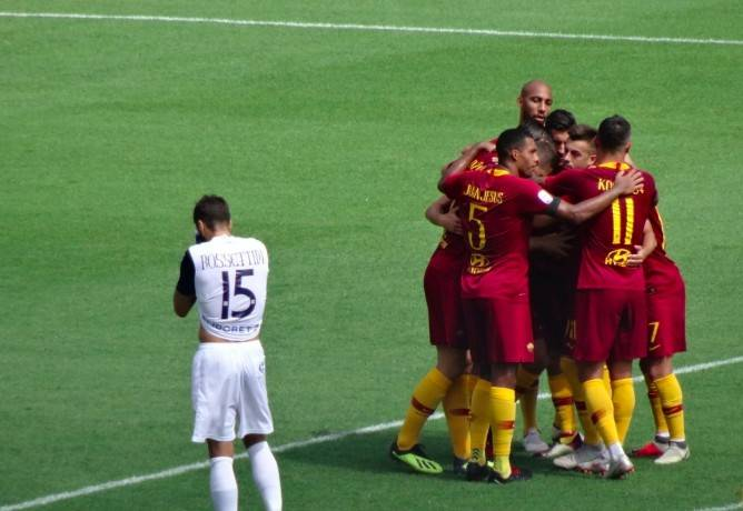 半场战报:罗马2-0切沃