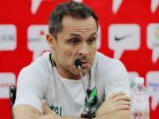 塞尔吉:球队不需承担太多压力