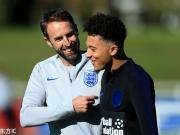 桑乔:入选英格兰队后笑了一天