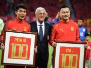 图集:致敬老将,郑智、郜林赛前接受里皮颁发百场纪念奖杯