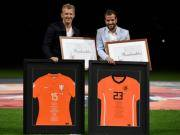 橙色回忆,荷兰赛前送别库伊特、范德法特
