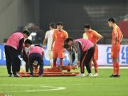 记者:于海初步确认为左膝韧带受损,明日将进行复查