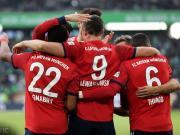 拜仁3-1狼堡终结4场不胜,莱万两射一传,J罗进球罗本染红