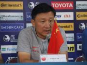 成耀东:第一场比赛有点压力,后面两场要发挥出水平