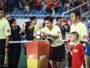 中国裁判和中国足球,哪一个会先让国人骄傲?
