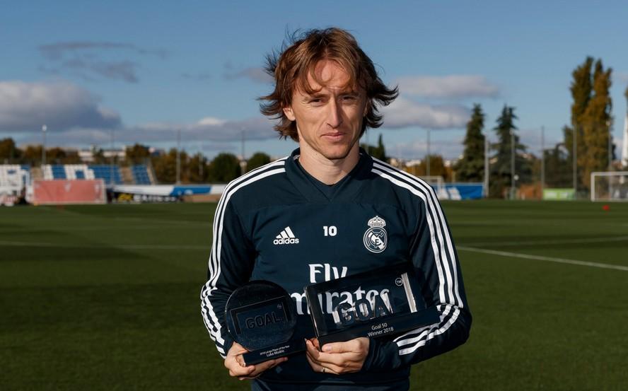 Đánh bại Ronaldo và Messi, Modric giành Goal 50