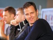 比埃尔霍夫:不知道博阿滕能否回德国队,年轻球员需要过程