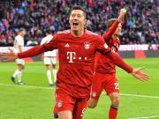 拜仁3-0纽伦堡,莱万后脑勺进球+撞射空门,里贝里破联赛球荒