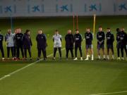 欧足联同意,巴萨热刺赛前将会为努涅斯默哀一分钟