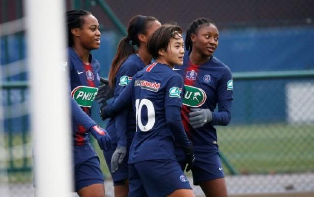 昨晚进行的法国杯女足32强赛中,巴黎圣日耳曼女足...