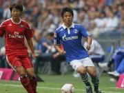 沙尔克时期的蒿俊闵曾与孙兴慜在德甲赛场交手过。那...